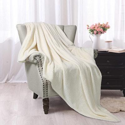 Exclusivo Mezcla Waffle Flannel Fleece Throw Blanket