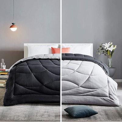SLEEP ZONE All-Season Down-Alternative Comforter