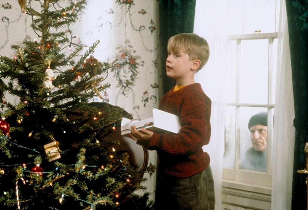 These 'Home Alone' Zoom backgrounds will put you in the holiday spirit.