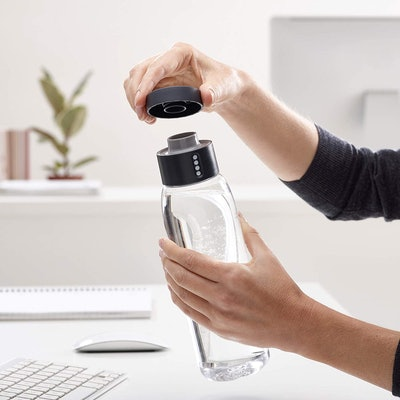 Joseph Joseph Dot Active Hydration-Tracking Bottle
