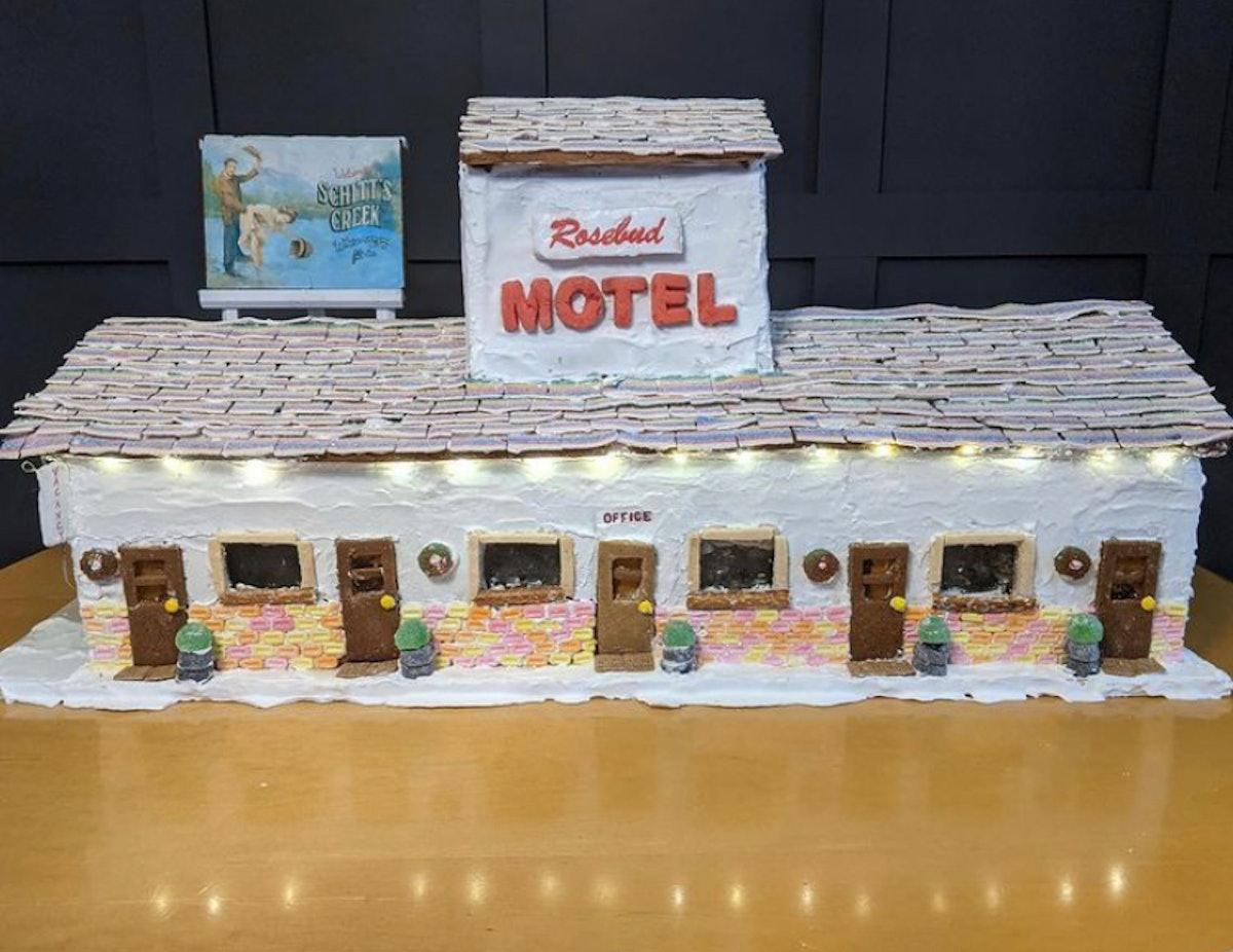 A 'Schitt's Creek' gingerbread house looks exactly like the Rosebud Motel.