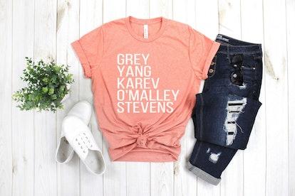 MittenMommaCreations Grey's Cast Shirt