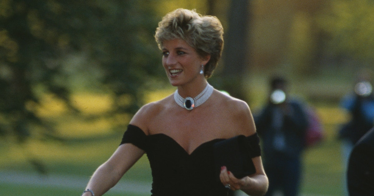 This Detail From Princess Diana's Revenge Dress Was A Secret Dig At Prince Charles
