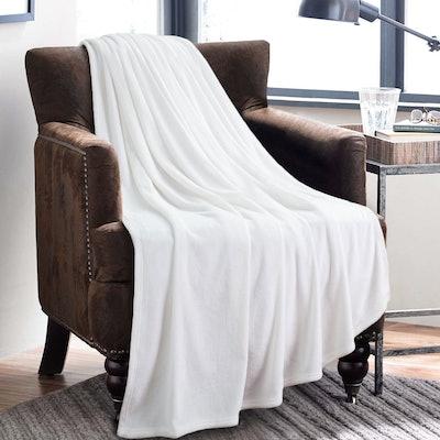 Bedsure Microfiber Fleece Blanket