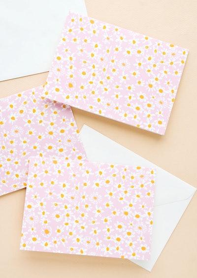 Daisy Field All-Purpose Card Set
