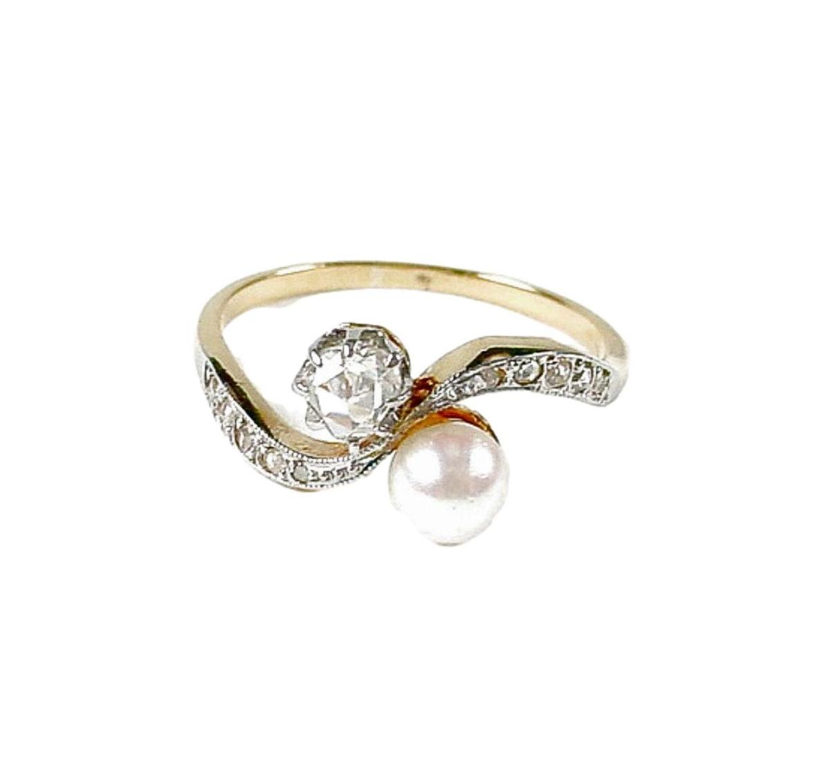 Lovely Antique Moi et Toi Diamond Pearl Hi-Karat Gold Ring
