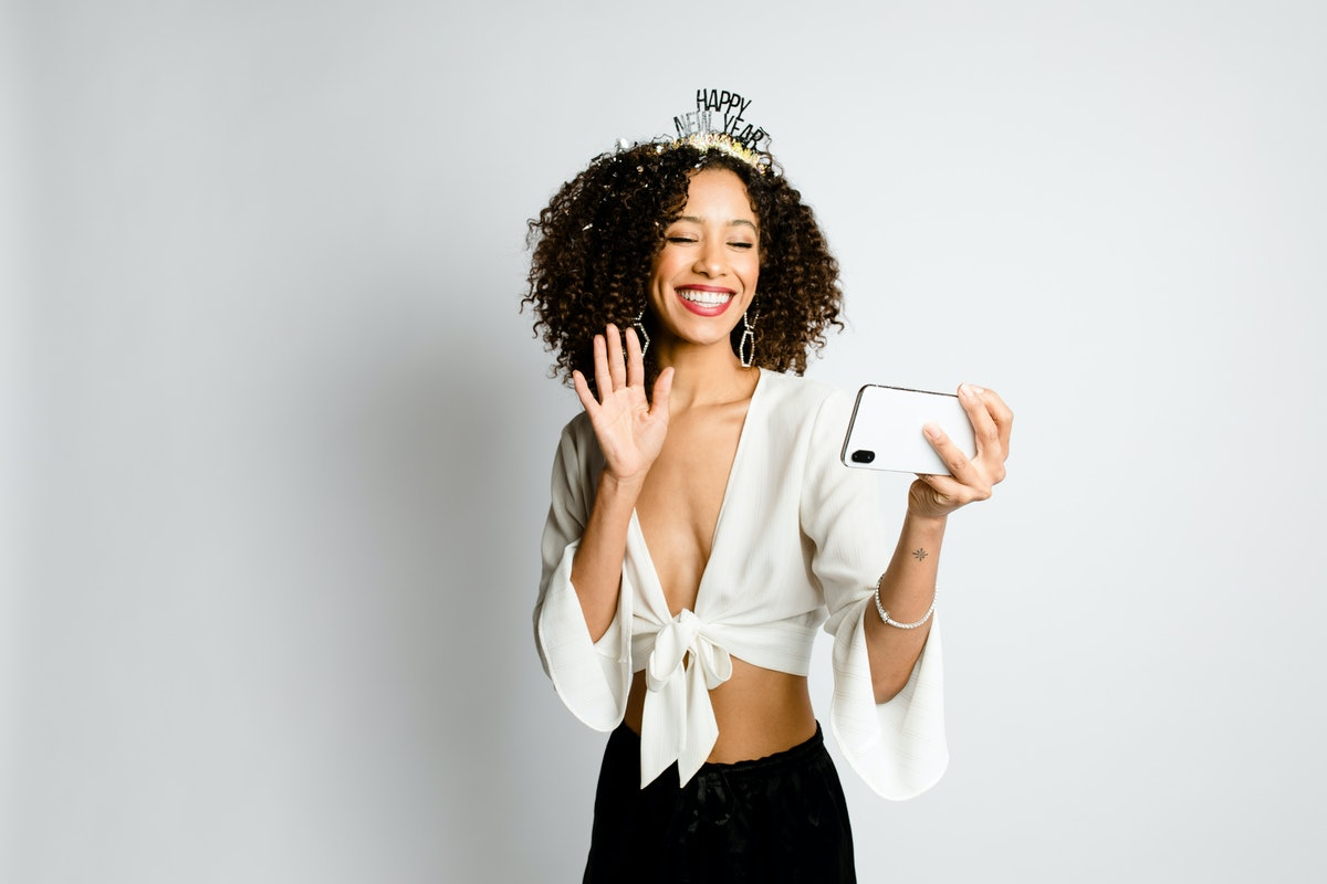 Virtual Date Ideas For New Year's Eve