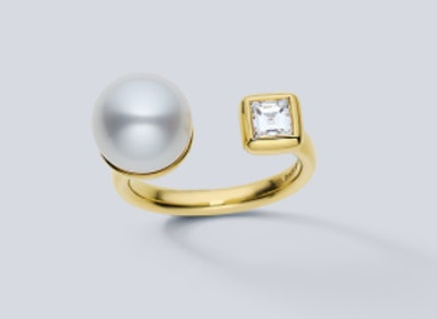 Prive South Sea Pearl and Diamond Ring