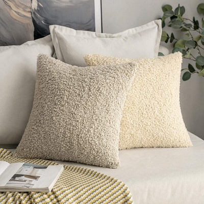 MIULEE Shaggy Fur Throw Pillow Covers (2-Pack)