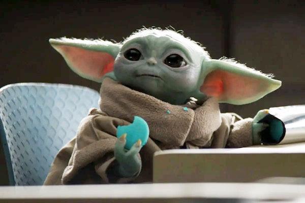Baby Yoda Blue Macarons
