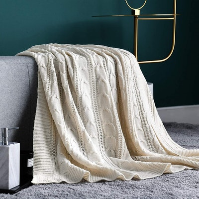 Jinchan Cable Knit Sweater Ivory Throw Blanket