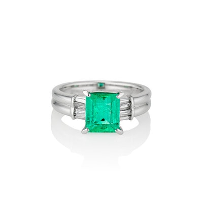 The Emerald Sophia Ring