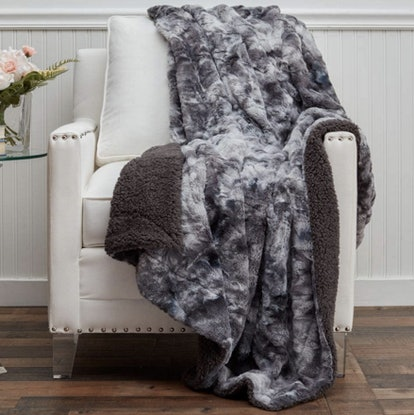 The Connecticut Home Company Faux Fur Reversible Throw