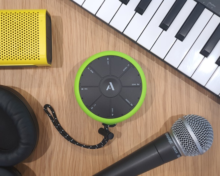 The Artiphon Orba and other sound equipment