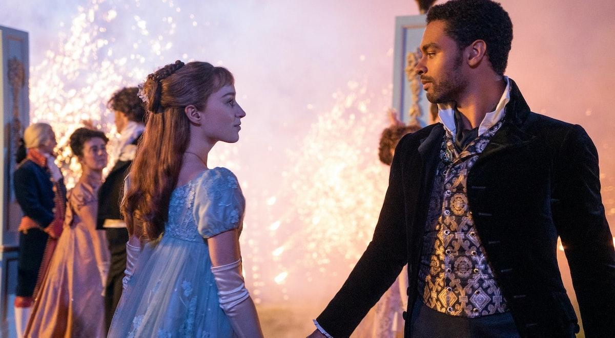 Daphne and Simon dance at a lavish ball in 'Bridgerton'.