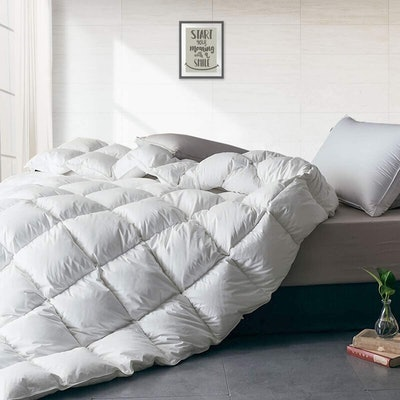 APSMILE Heavyweight European Goose Down Comforter