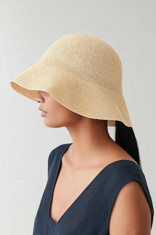CROCHET PAPER HAT