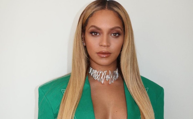 Beyoncé gifted her closest girlfriends a 2020 necklace with a cheeky message