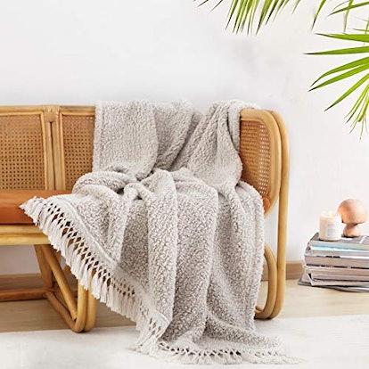 Horimote Home Ultra Soft Cozy Sherpa Throw Blanket