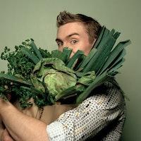 Two tweaks to the Mediterranean diet make it especially healthy for men