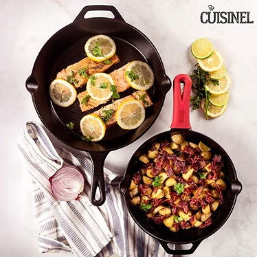 cuisinel Pre-Seasoned Cast Iron Skillets (Set of 2)
