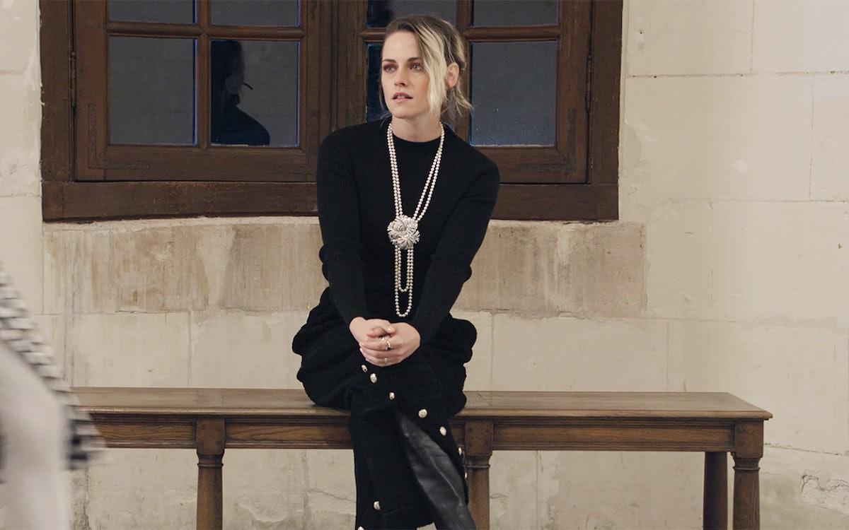 Kristen Stewart attends the Métiers d'Art fashion show.