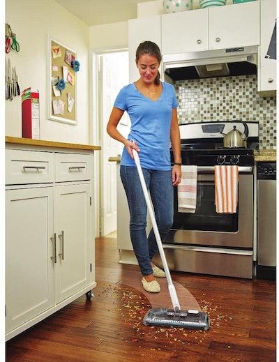 BLACK + DECKER Floor Sweeper