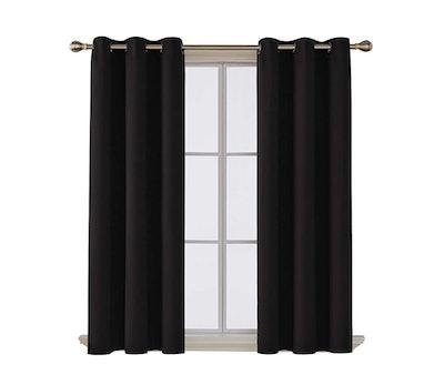 Deconovo Darkening Thermal Grommet Window Curtain