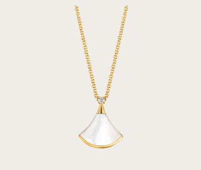 Diva's Dream Necklace
