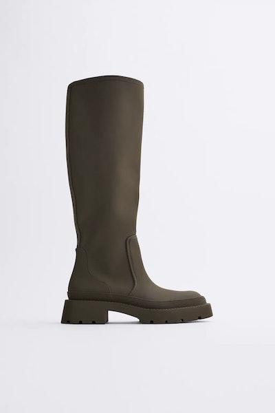 Low Heel Rubberized Boots