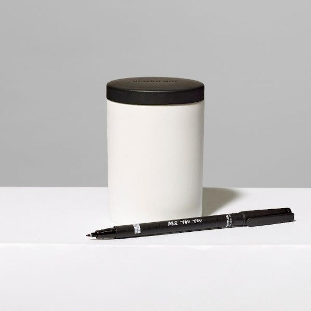Line Light Porcelain Candle