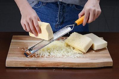 Deiss PRO Citrus Zester & Cheese Grater