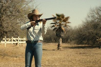 Sosie Bacon as Mimi Webb-Miller in 'Narcos: Mexico' Season 2