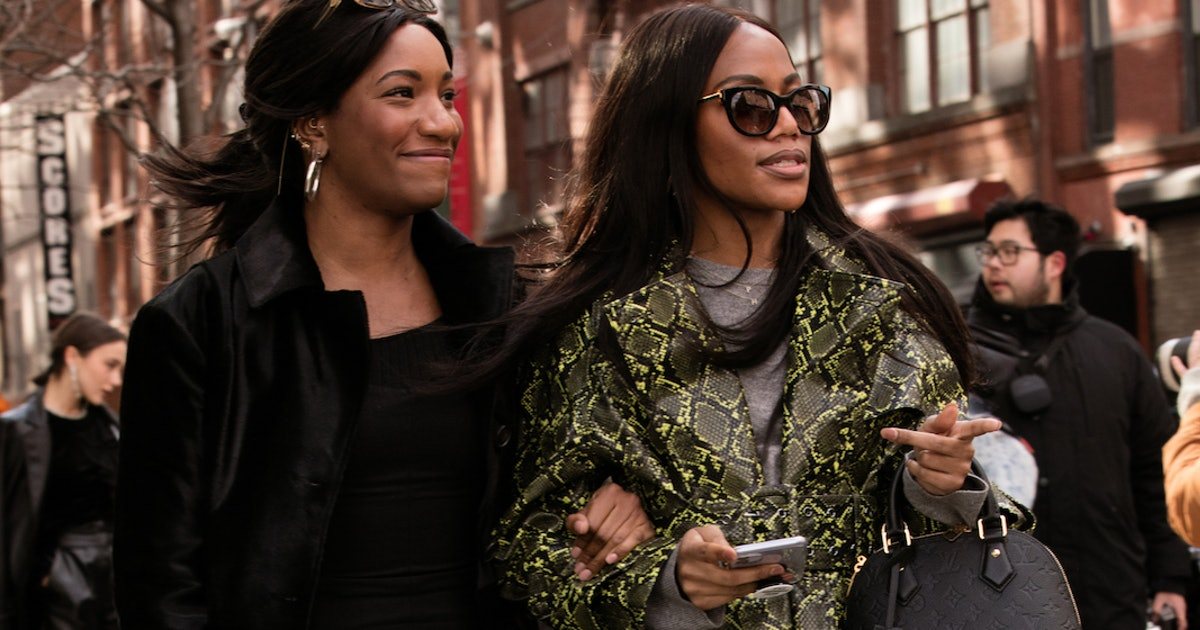 How To Pull Off NYFW's Biggest Trend For $14 At Amazon