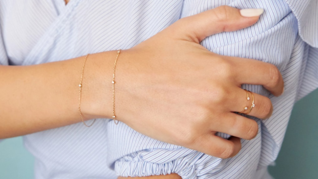 propose with a bracelet instead of a ring