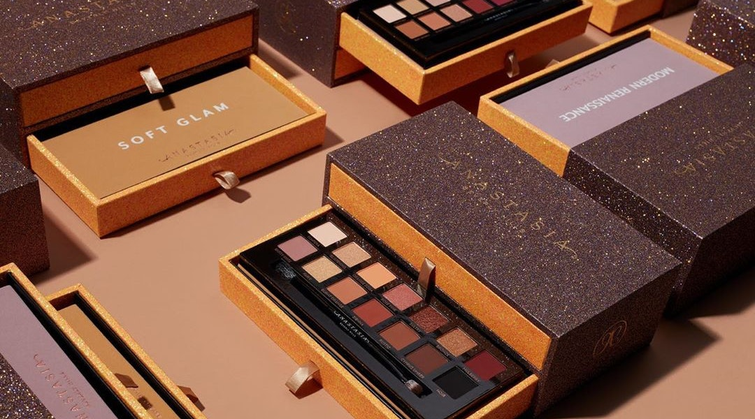 The best Anastasia Beverly Hills eyeshadow palettes include the Modern Renaissance palette