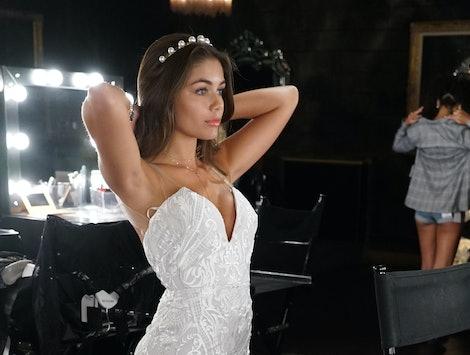 Hannah Ann in a wedding dress on Peter's season of The Bachelor