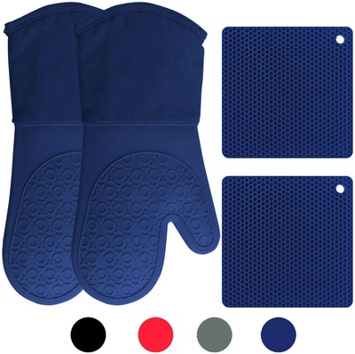 HOMWE Silicone Oven Mitts And Potholder Set