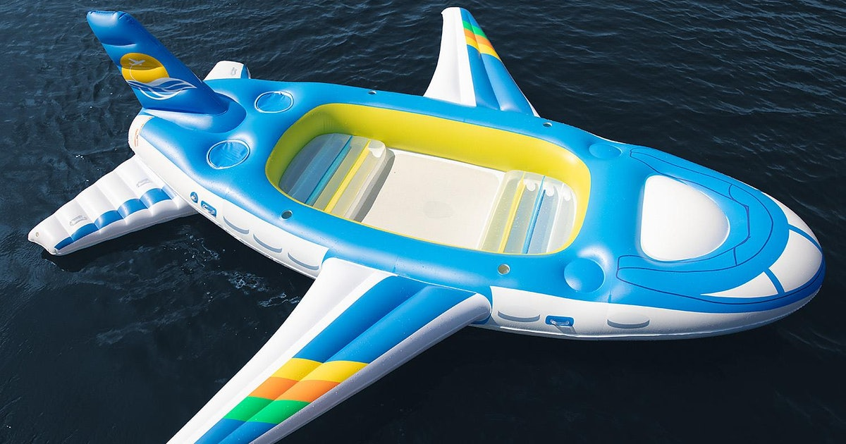 This 6-Person Plane Float Will Make You Feel Like You're On A Private Jet