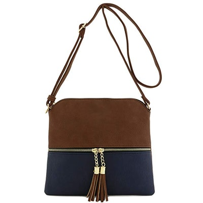 DELUXITY Lightweight Medium Crossbody Bag