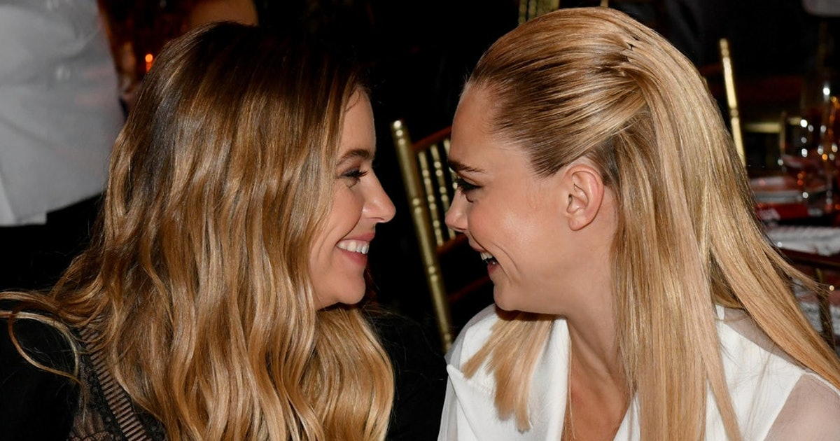 Cara & Ashley Posted Their Valentine's Day Kiss On IG & It's Seriously Romantic