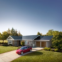 Elon Musk finally announces when Tesla Solar Roof will go global