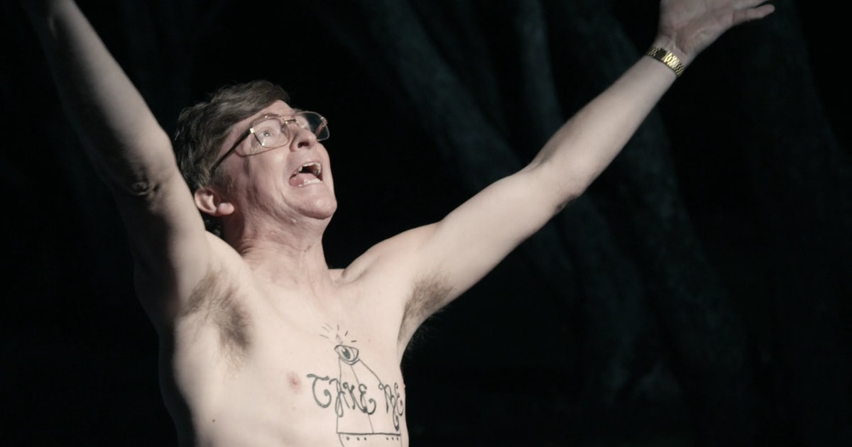 Rhys Darby wants you to give UFOs a chance in 'Aliens Like Us'