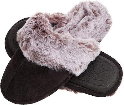 Jessica Simpson Faux Fur House Slipper