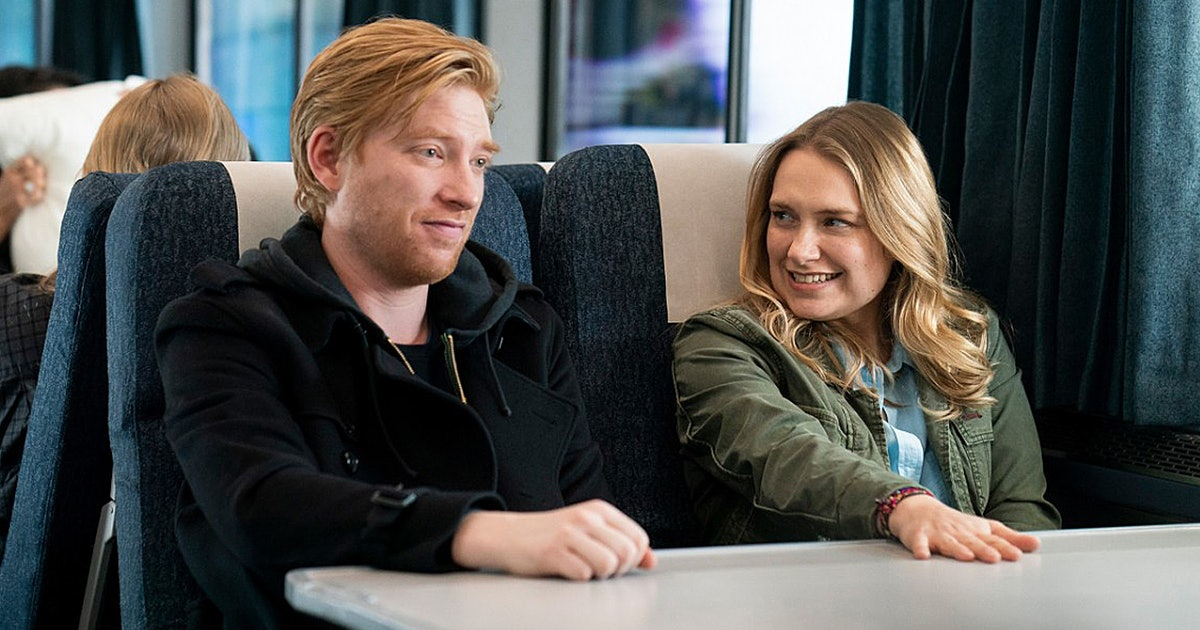 Domhnall Gleeson Is The Ultimate Rom-Com Lead In Phoebe Waller-Bridge's New Show