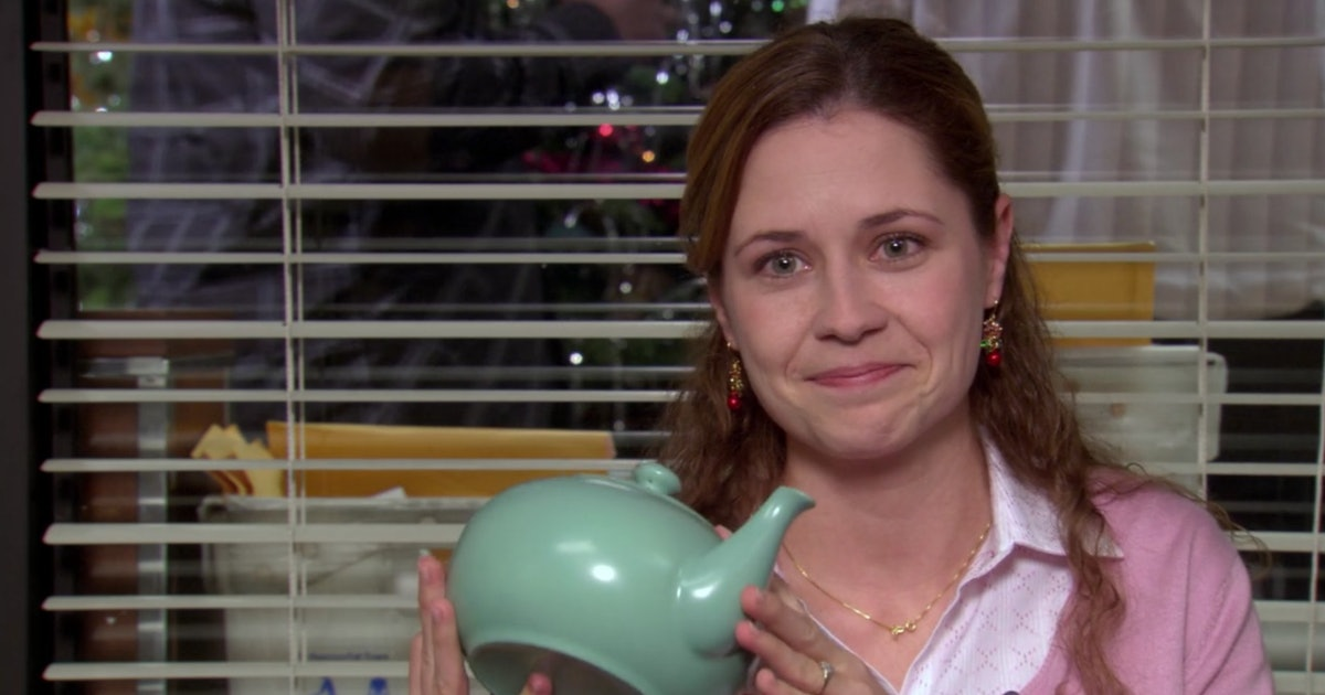 The Real Story Behind Jim's Teapot Note For Pam On 'The Office' Is Emotional