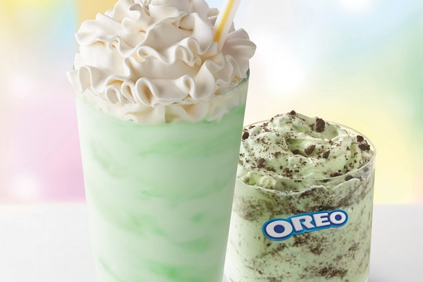 What does the Oreo Shamrock McFlurry taste like? You might recognize the flavor.