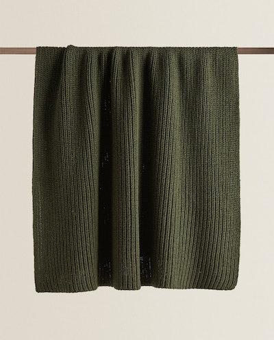Ribbed Knit Blanket