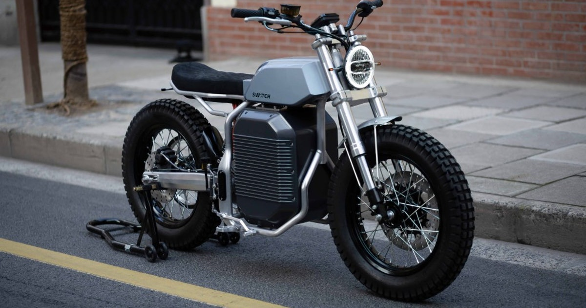 The Switch eSCRAMBLER electric motorcycle has a retro-future design worth waiting for