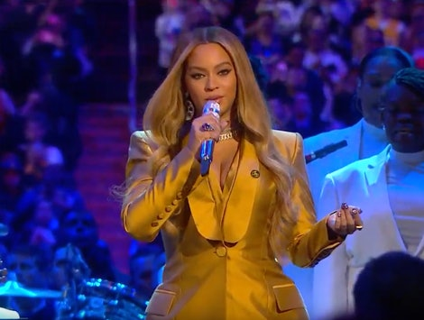 Beyoncé Performs At Kobe Bryant's Memorial
